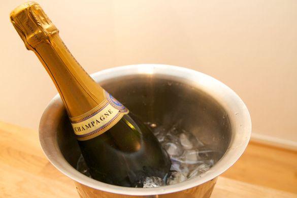 Champagne pour le 14 juillet ou  le 15 juillet ?
